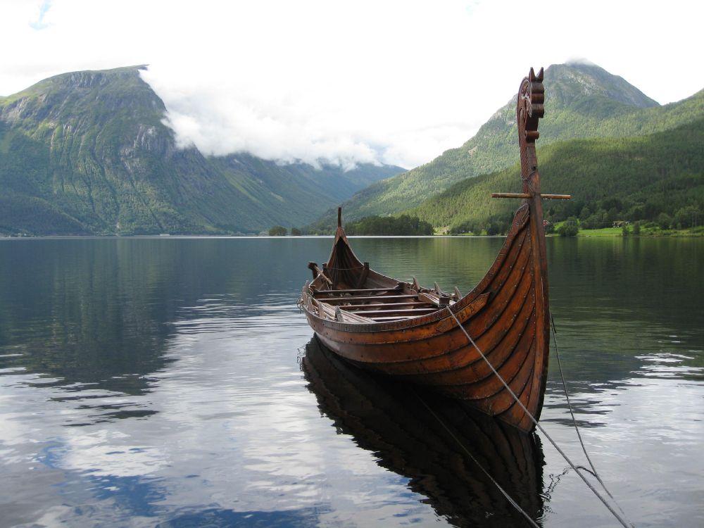 наше норвежские лодки фото сексуальная девушка