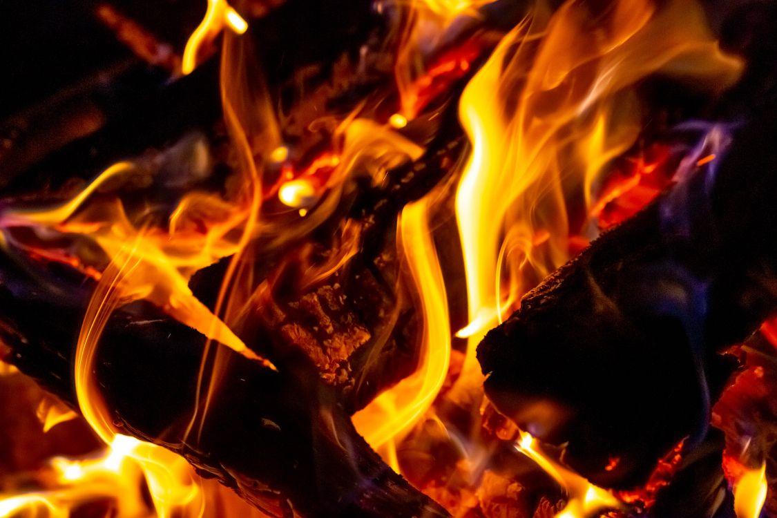Картинка пламени высокого разрешения